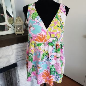 Lilly Pulitzer bright floral top. Size XL